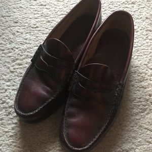 Bass vintage loafers size 8.5 E